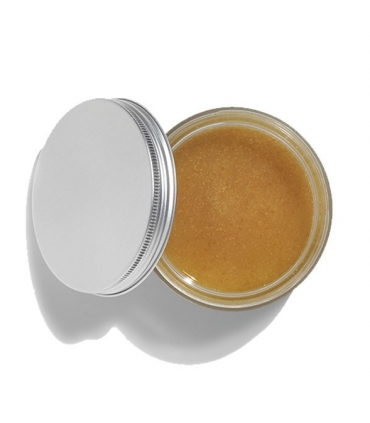 Segar and vanilla body scrub